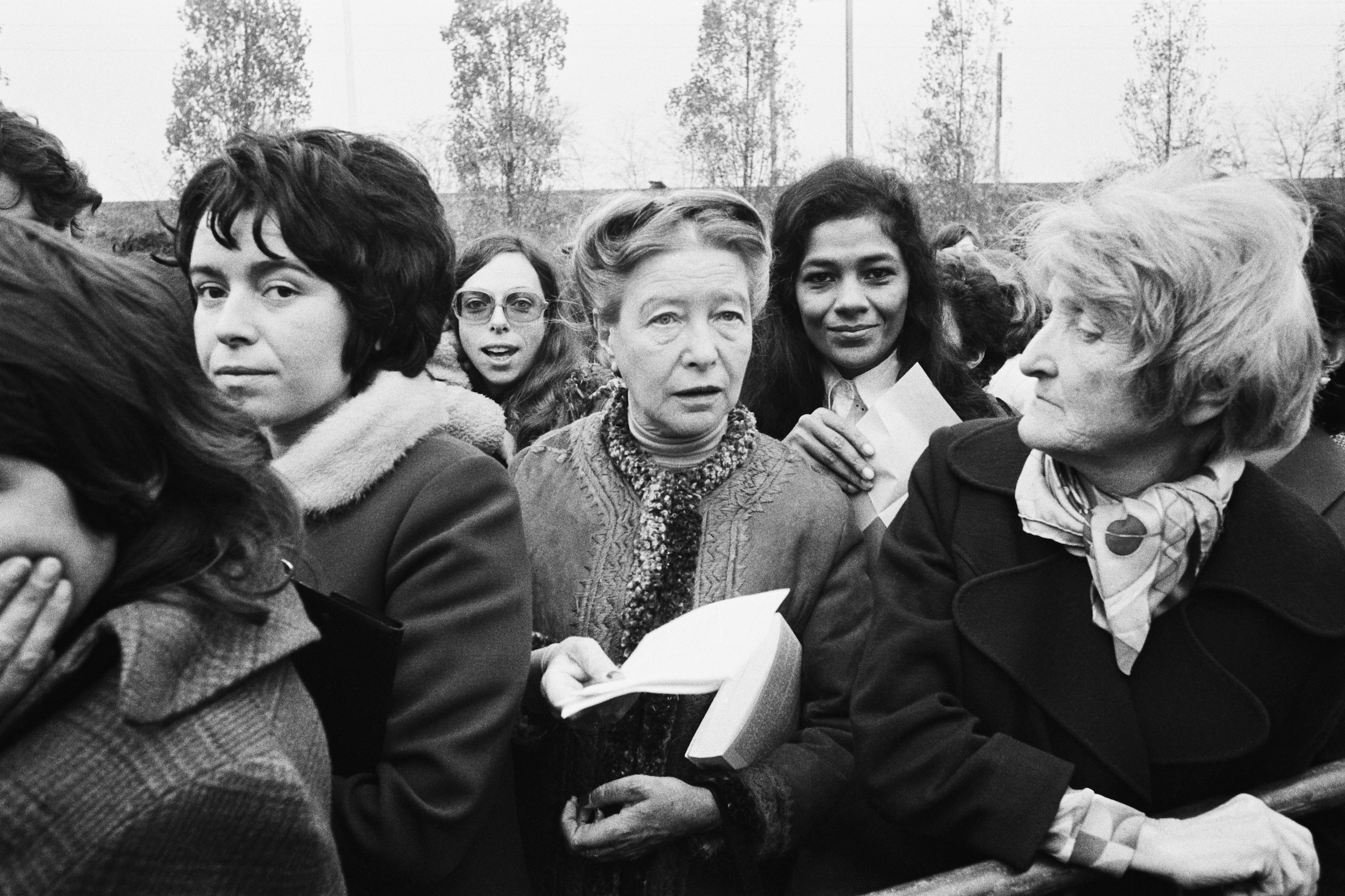 French writer, existentialist philosopher, political activist and feminist Simone de Beauvoir during the landmark Bobigny abortion trial in France in 1972.