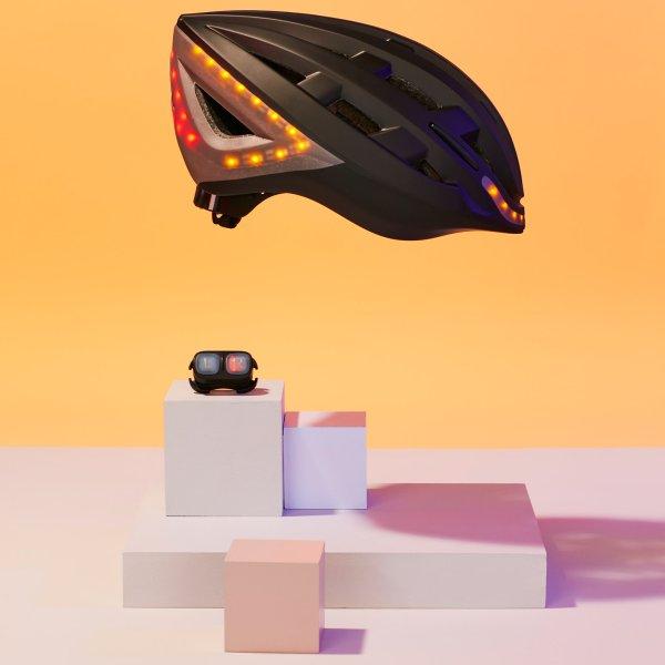 lumos-kickstart-helmet