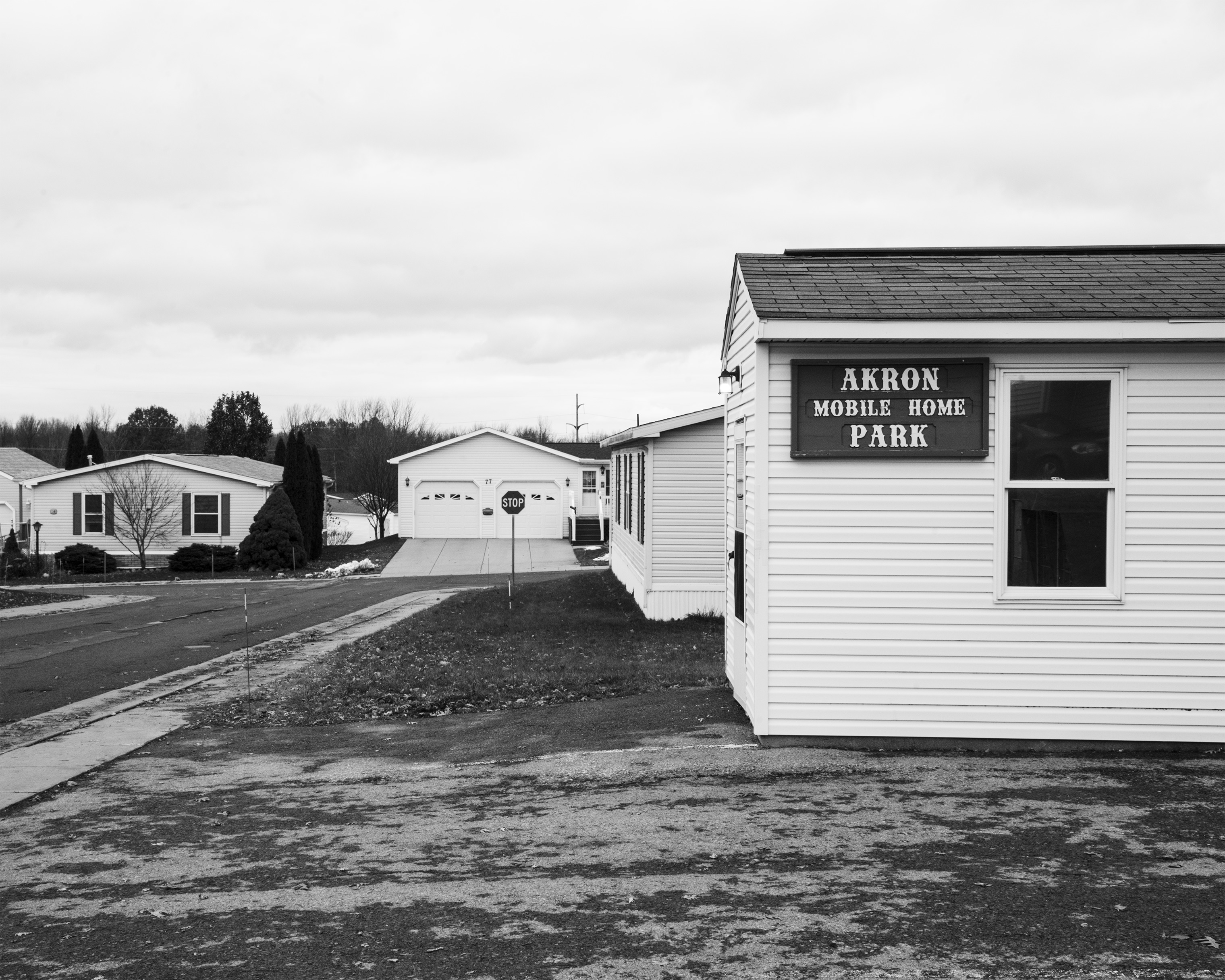The entrance to the Akron Manufactured Home Community
