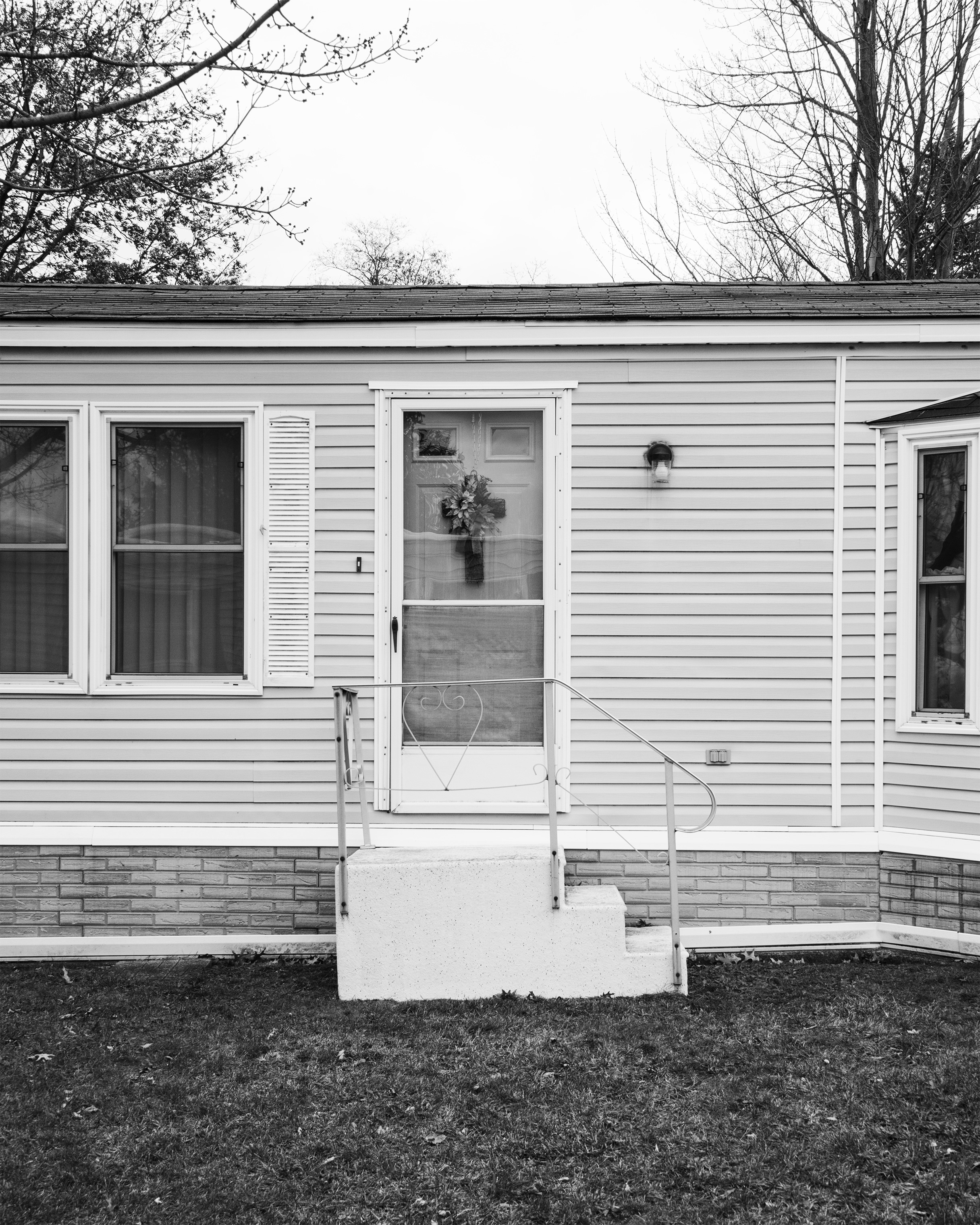 An exterior of a home in the Akron Manufactured Home Community