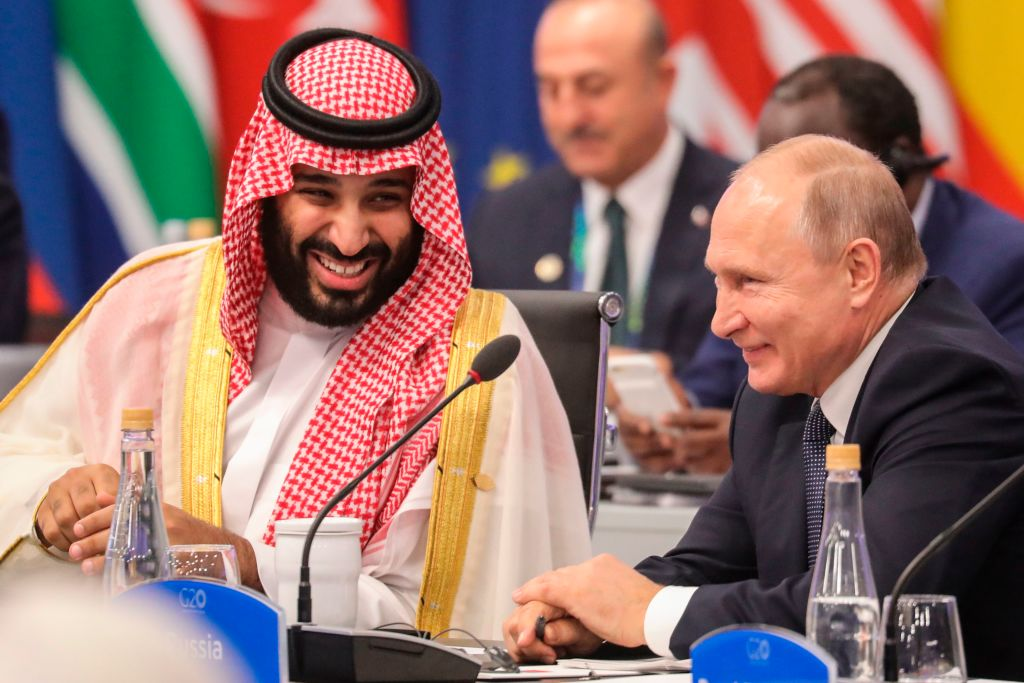 Russia's President Vladimir Putin and Saudi Arabia's Crown Prince Mohammed bin Salman attend the G20 Leaders' Summit in Buenos Aires, on November 30, 2018.