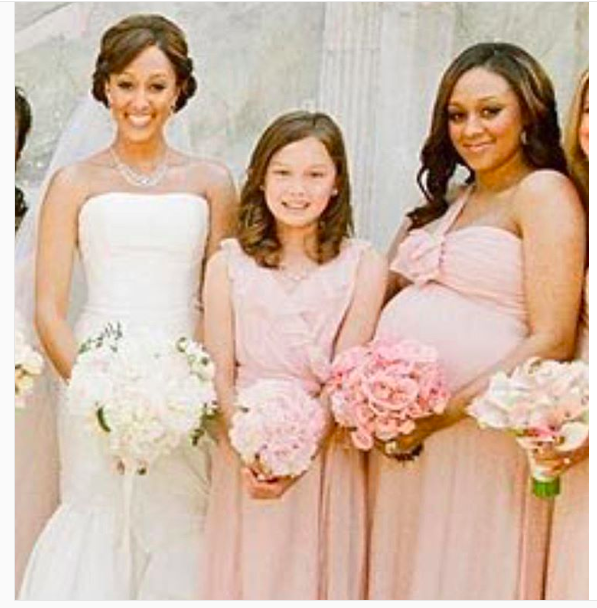 Tia Mowry and Tamera Mowry-Housley with Alaina Housley