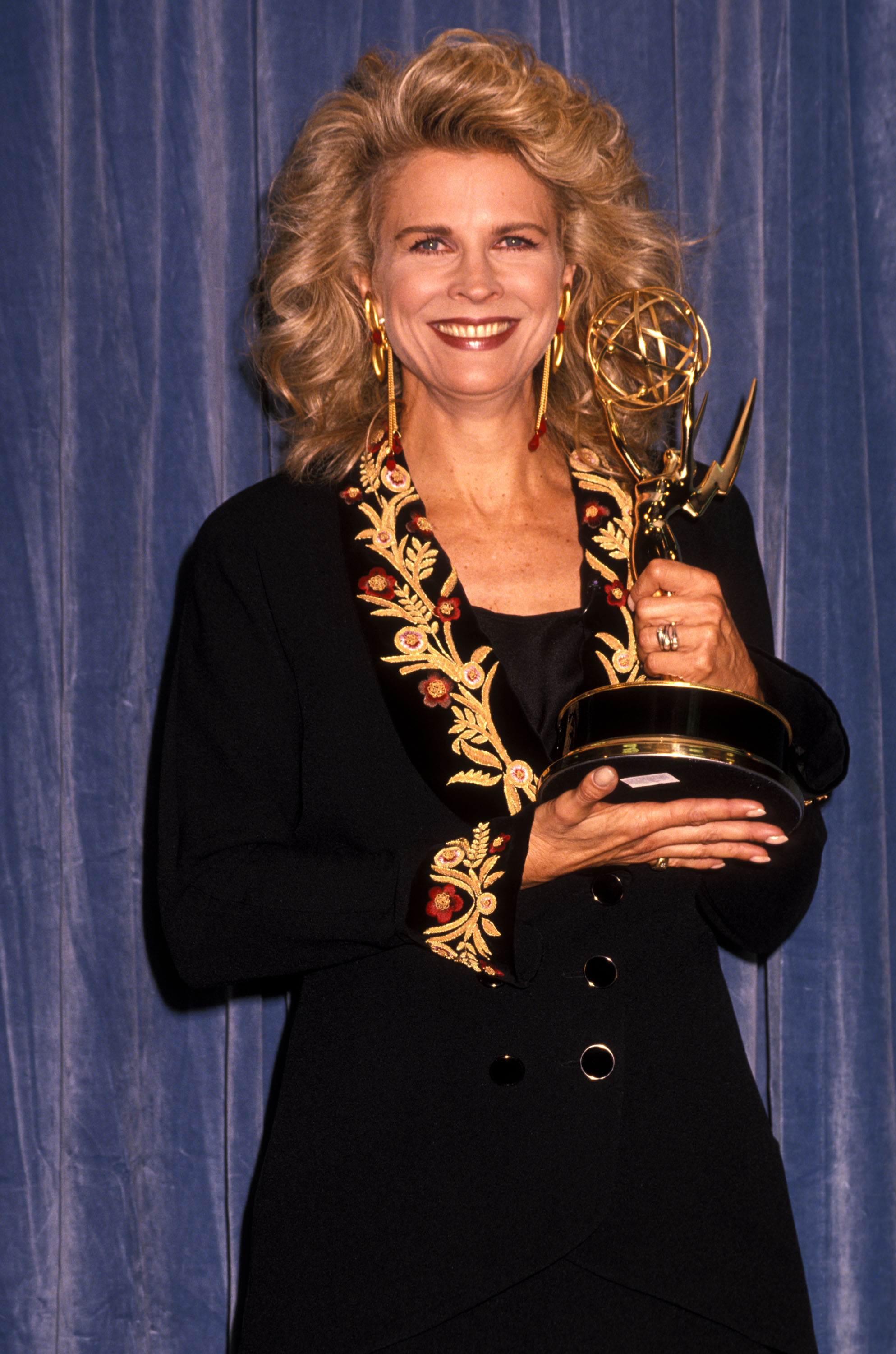 Actress Candice Bergen attends the 42nd Annual Primetime Emmy Awards on September 16, 1990 at Pasadena Civic Auditorium in Pasadena, California.