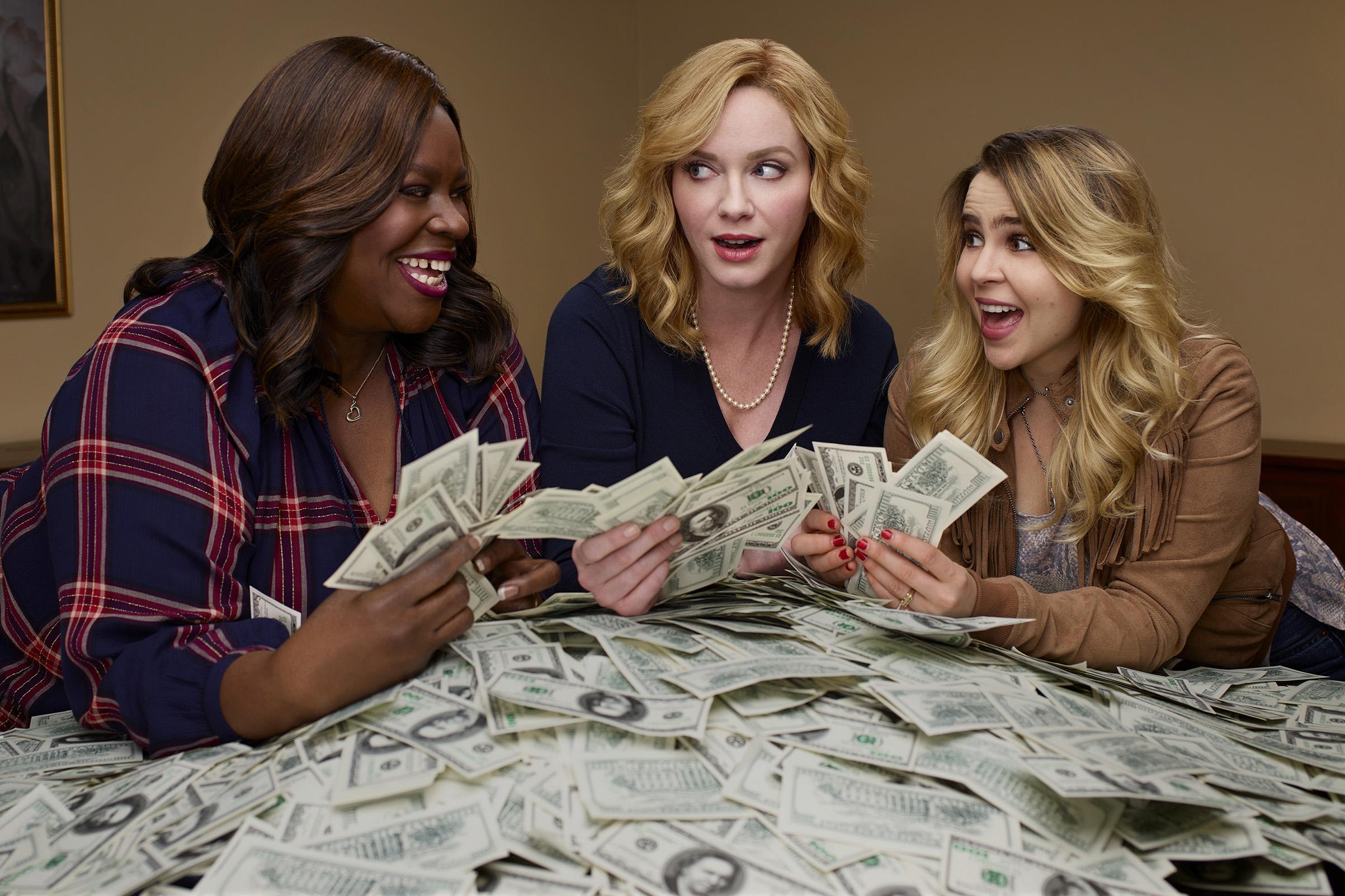 Retta as Ruby Hill, Christina Hendricks as Beth Boland, Mae Whitman as Annie Marks in 'Good Girls'.