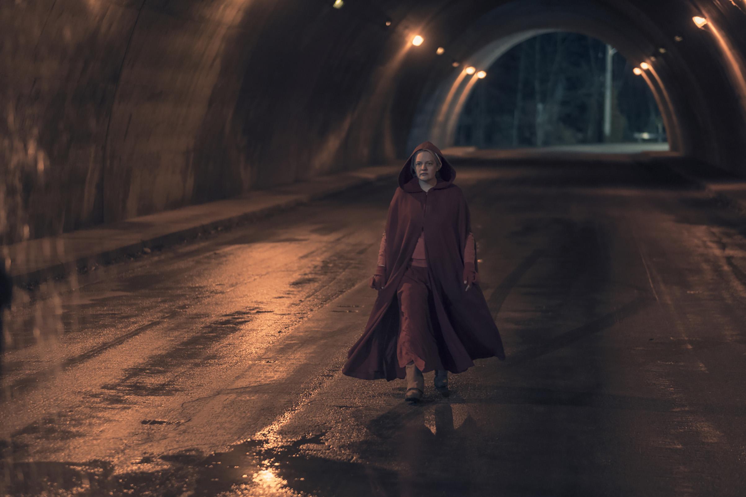 Elisabeth Moss as June Osborne in 'The Handmaid's Tale'.