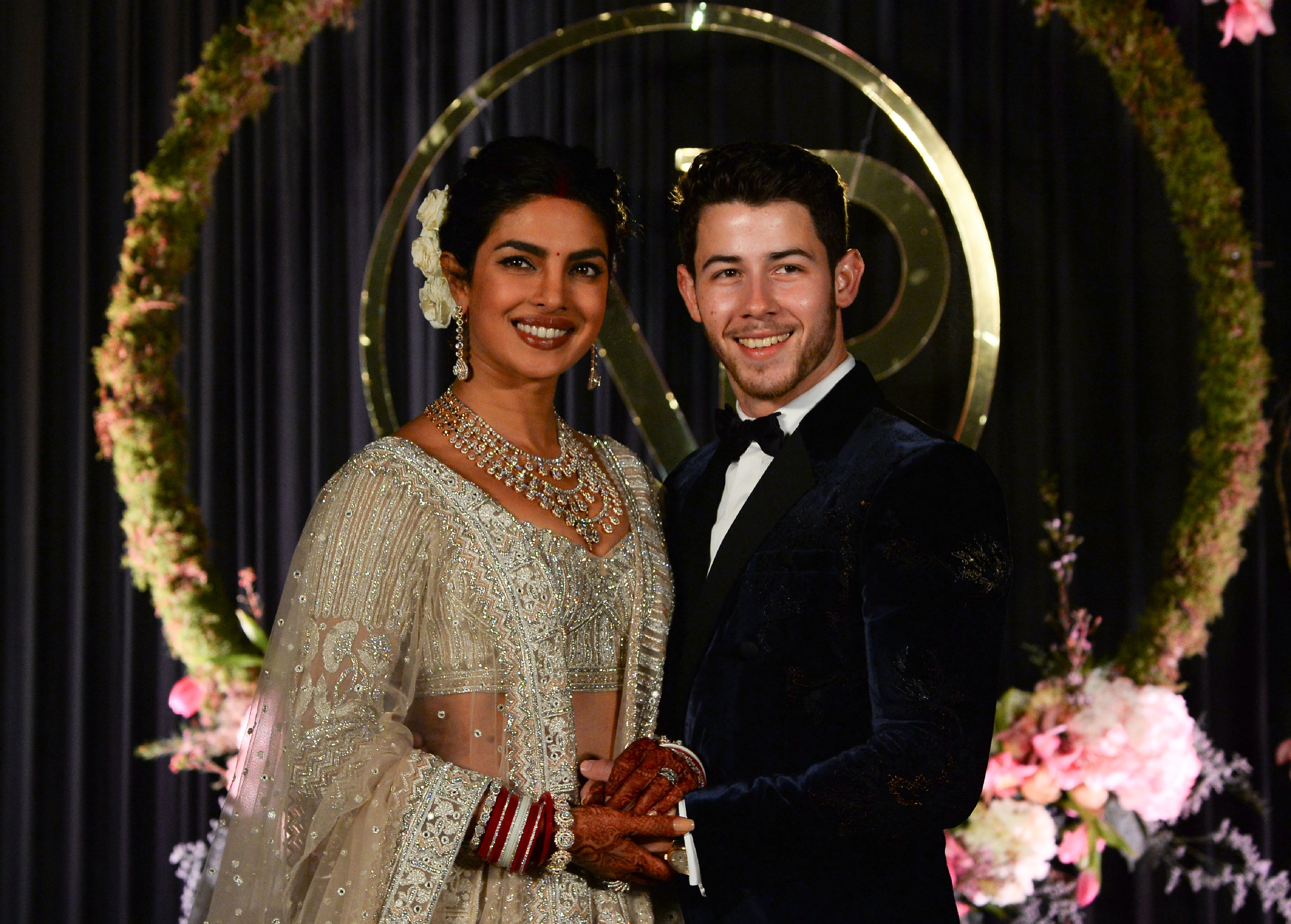Priyanka Chopra Marries Nick Jonas In Hindu Wedding Ceremony Time
