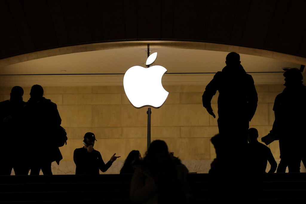 People shop in an Apple retail store in Grand Central Terminal on Jan. 29, 2019 in New York City. Apple reported their first-quarter earnings results after U.S. markets close on Jan. 29. 2019.