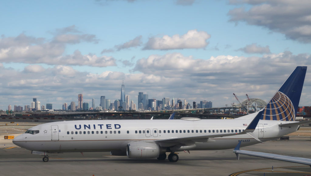 NEWARK, NJ - OCTOBER 13: A United Airlines plan at Newark Liberty International Airport