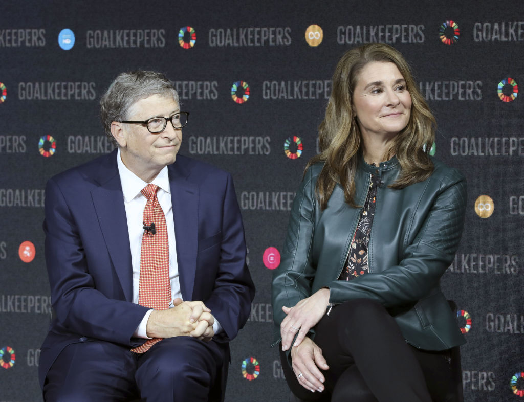 Bill Gates and his wife Melinda Gates introduce the Goalkeepers event at the Lincoln Center on September 26, 2018, in New York. (Photo by Ludovic MARIN / AFP)        (Photo credit should read LUDOVIC MARIN/AFP/Getty Images)