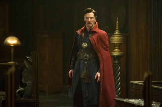 DOCTOR STRANGE, Benedict Cumberbatch, sebagai Dr. Stephen Strange, 2016. ph: Jay Maidme / Â © Walt Disney