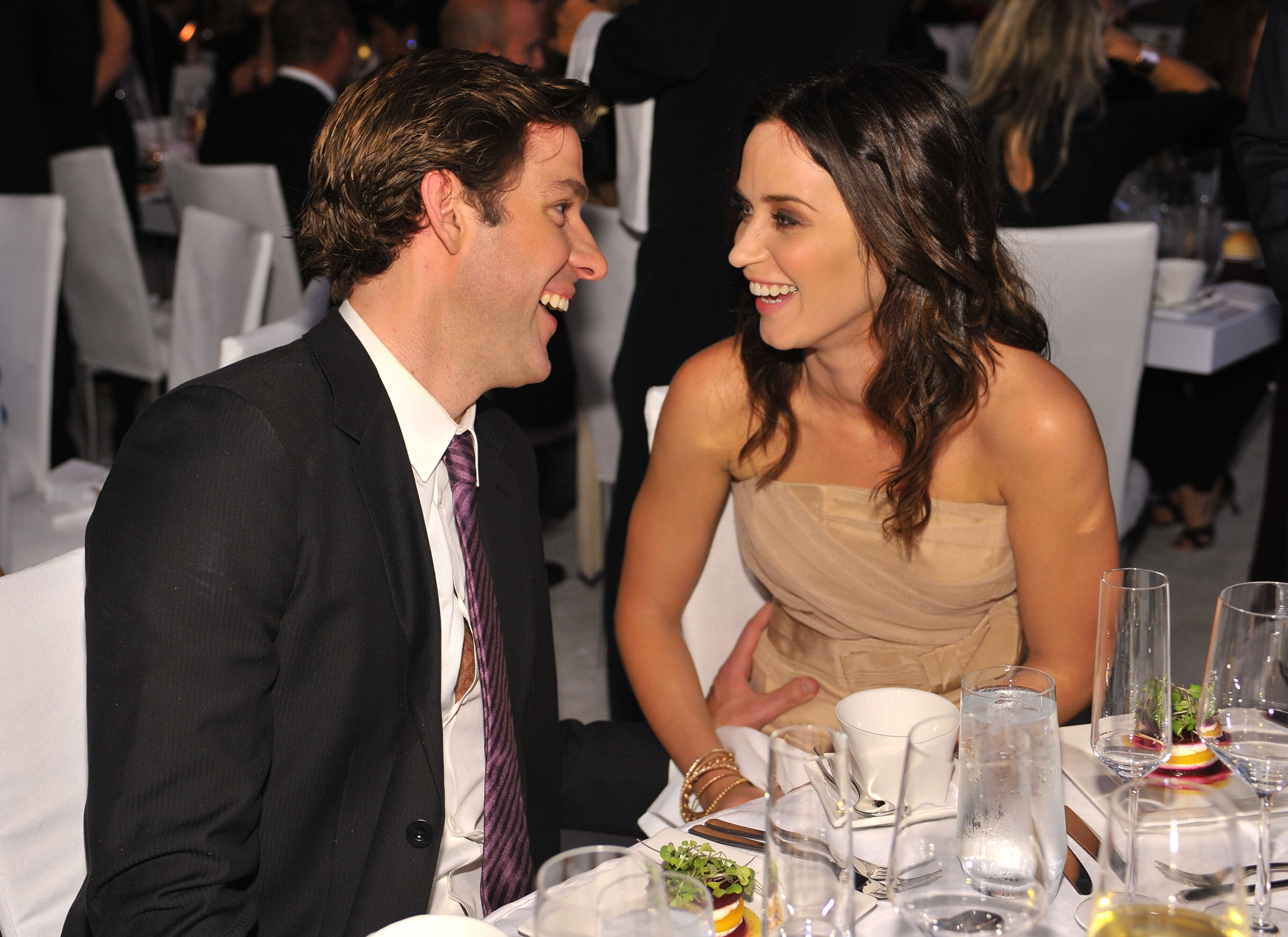 Actor John Krasinski and actress Emily Blunt attend the 16th Annual ELLE Women in Hollywood Tribute at the Four Seasons Hotel on October 19, 2009 in Beverly Hills, California.