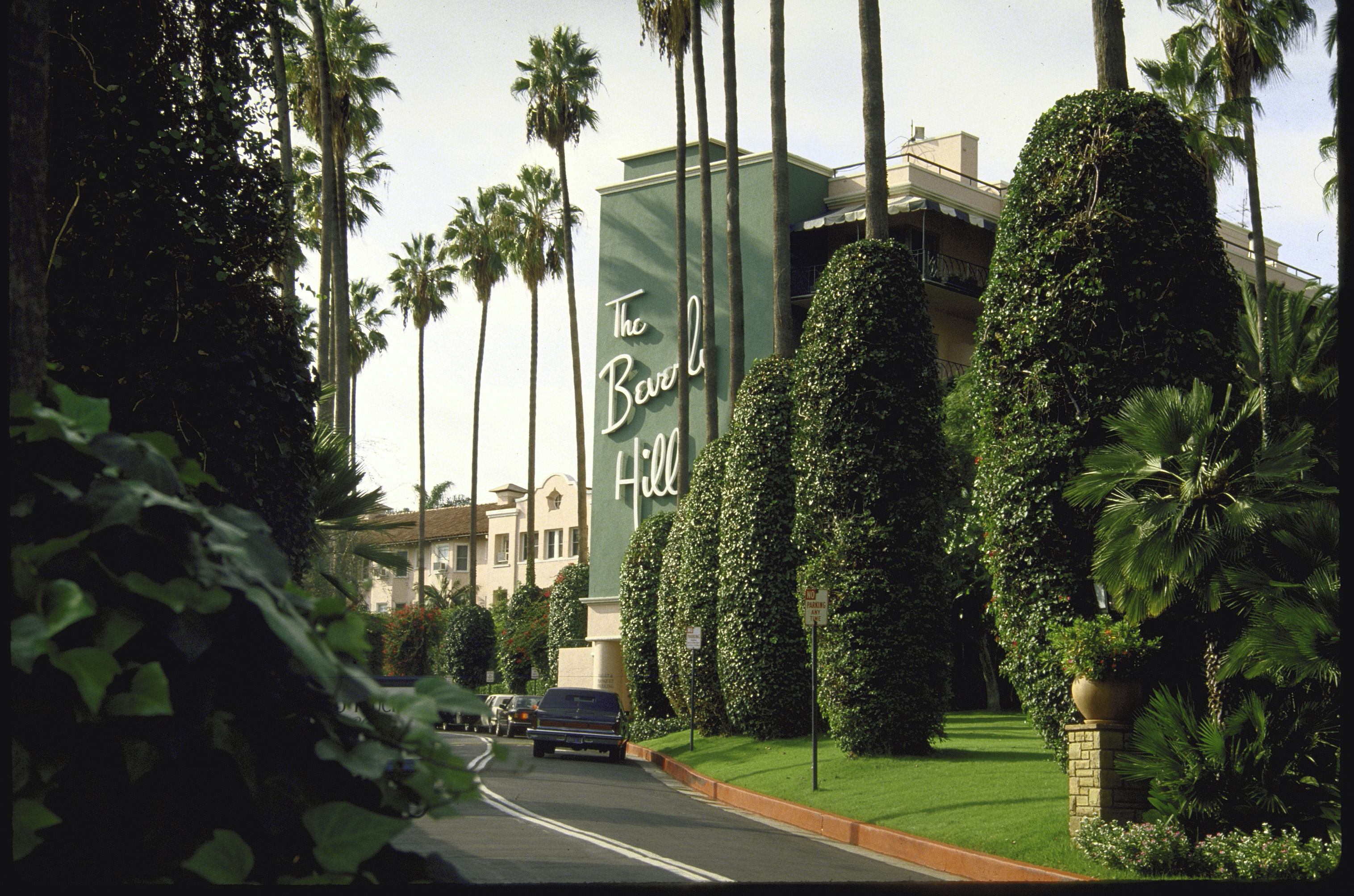 A view of the grounds of the Beverly Hills Hotel. (Photo by Ben Martin/Getty Images)