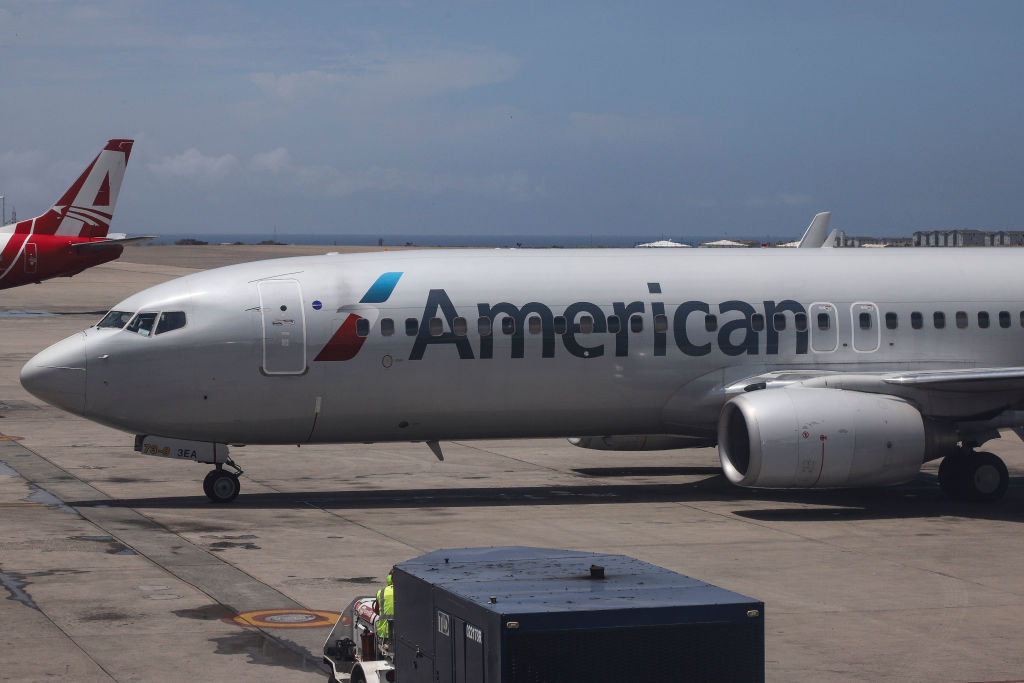 "American Airlines Boeing 737-800 seen in Caracas Simón Bolívar International Airport, Venezuela. On Monday, U.S. aviation regulators signaled confidence in the safety of Boeing's embattled 737 Max jetliner, saying they will issue a global notice of ""continued airworthiness"" a day after the model's second deadly crash in less than five months."