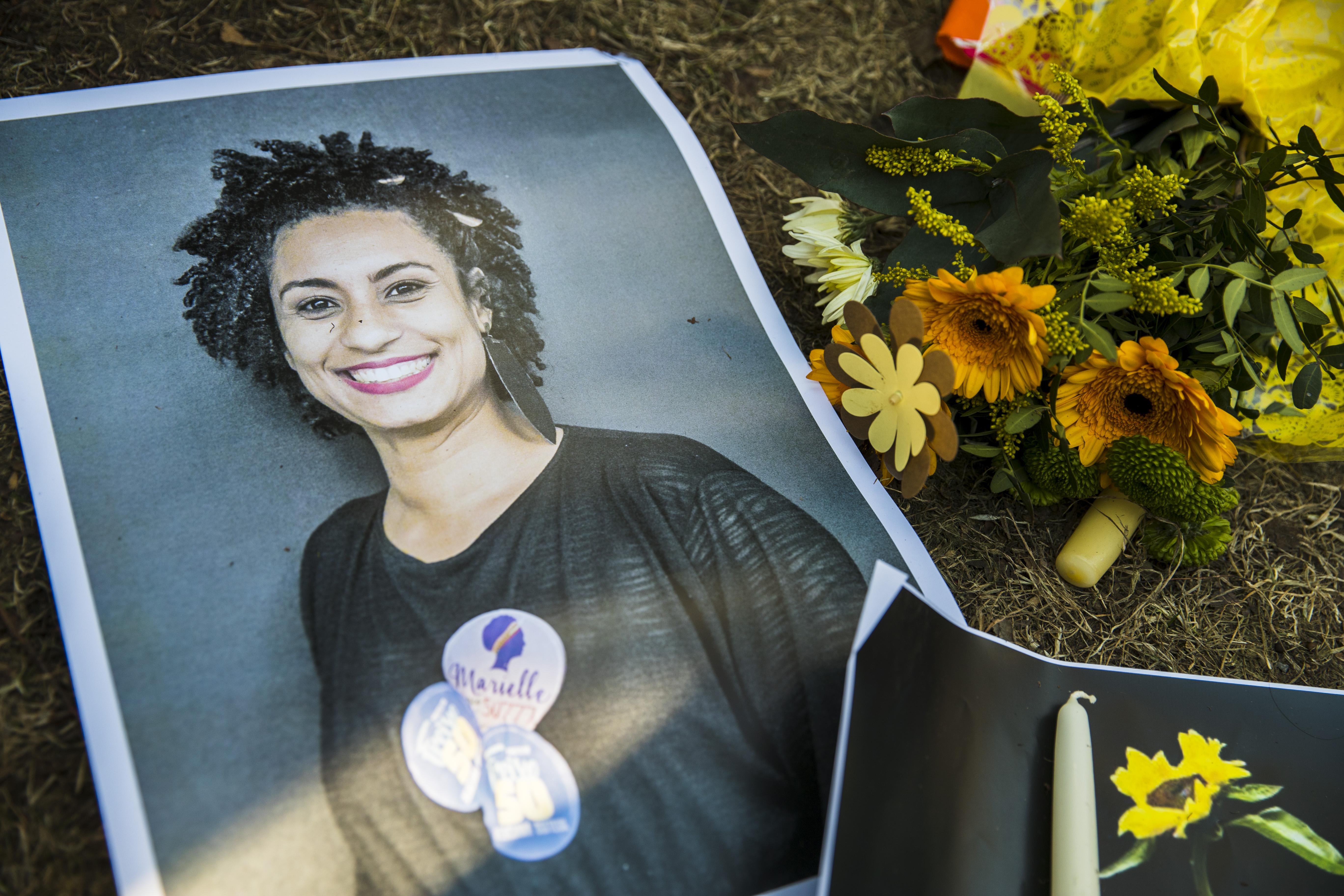 A makeshift memorial is pictured during a protest of Brazilian expats against the killing of Rio de Janeiro's left councilwoman and activist Marielle Franco in Berlin, Germany on Mar. 18, 2018.