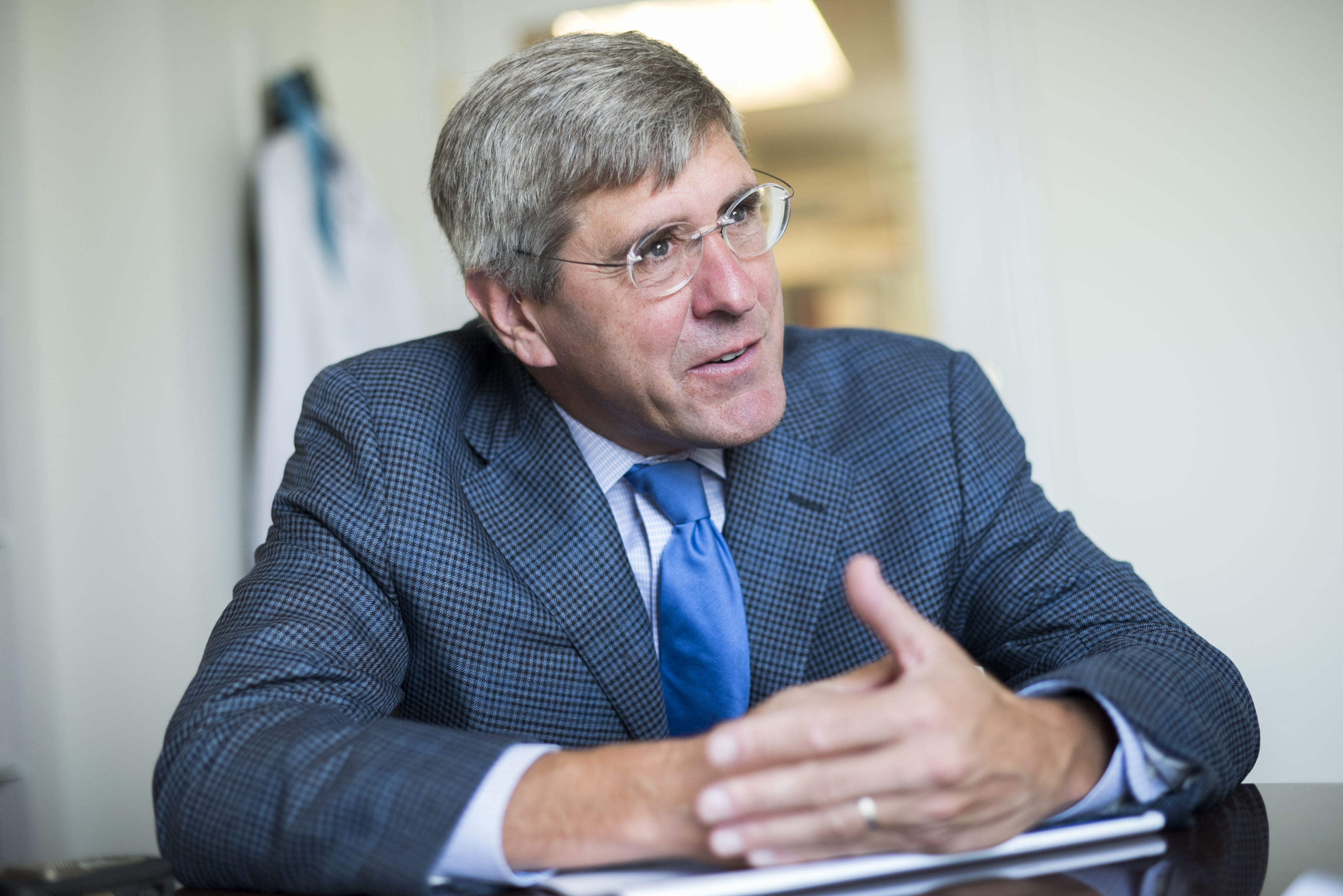 Stephen Moore of The Heritage Foundation is interviewed by CQ in his Washington office, Aug. 31, 2016.