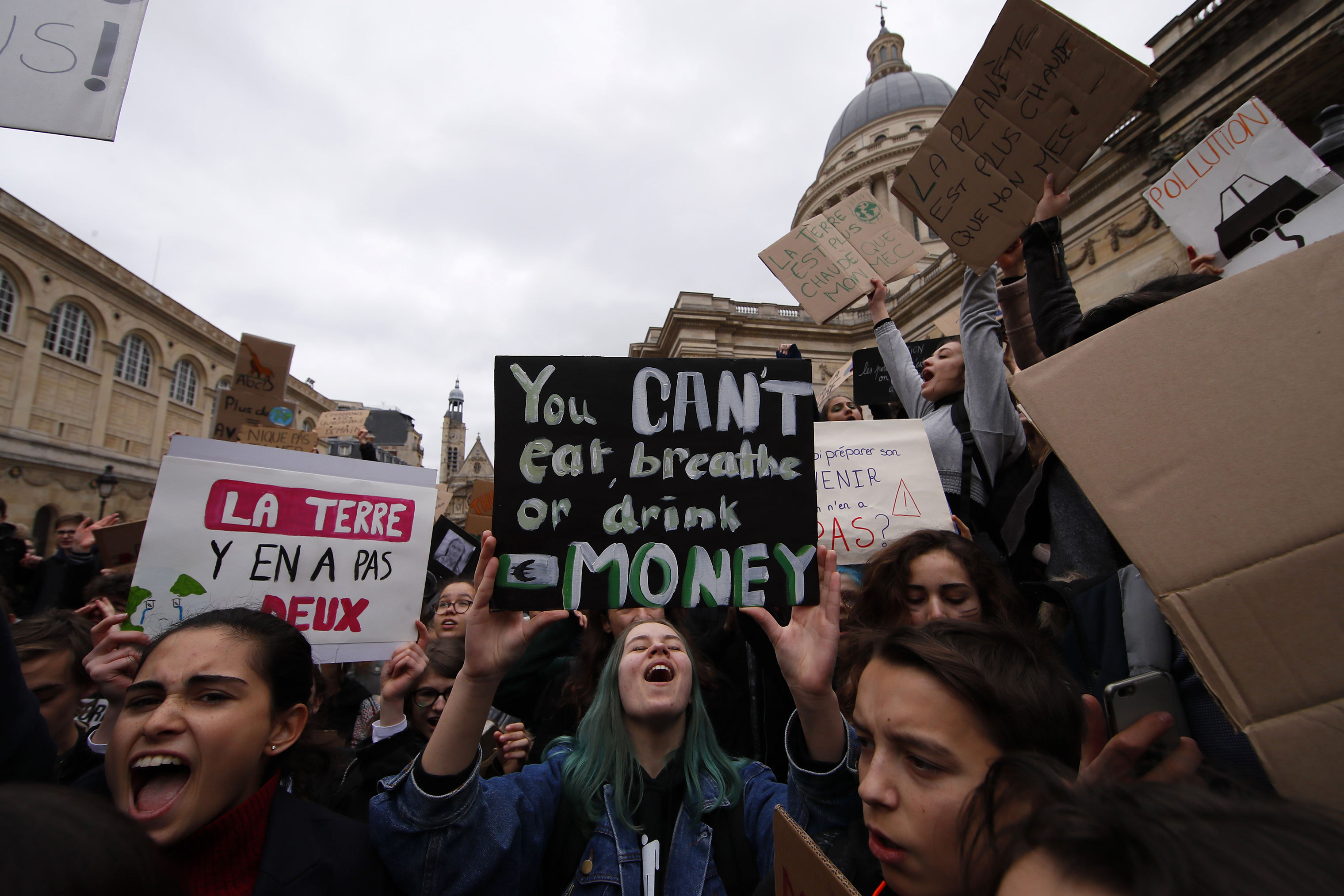 High school students demonstrate outside the Pantheon monument in on March 15, 2019. Students worldwide are skipping class to take to the streets to protest their governments' failure to take sufficient action against global warming.