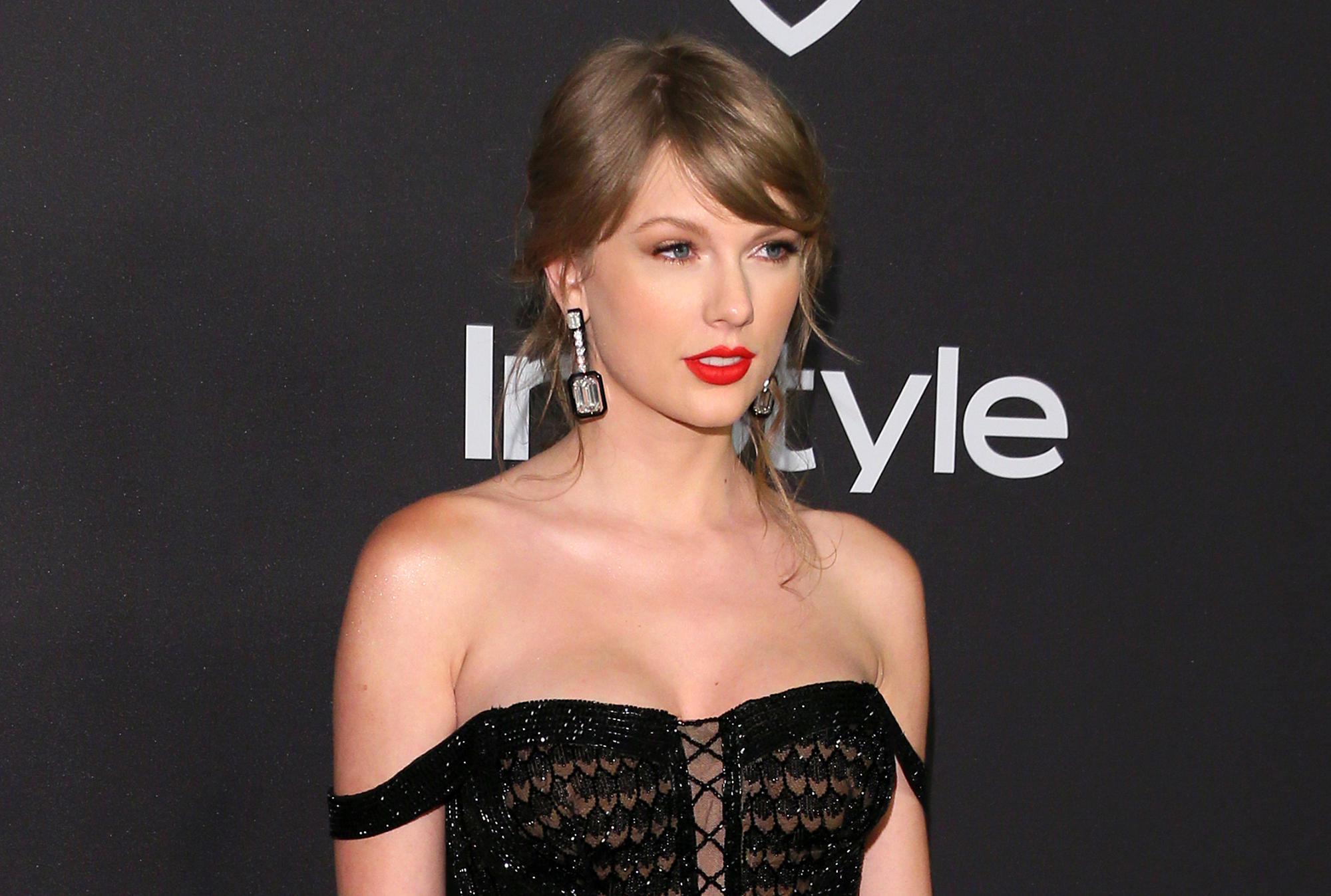 Here S Why Taylor Swift Turned Off Her Instagram Comments Time