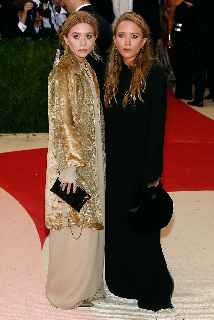 Mary-Kate and Ashley Olsen attend  Manus x Machina: Fashion in an Age of Technology , the 2016 Costume Institute Gala at the Metropolitan Museum of Art on May 02, 2016 in New York, New York.