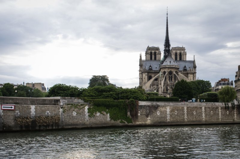 Before And After Images Of Paris Fire Damaged Notre Dame Time