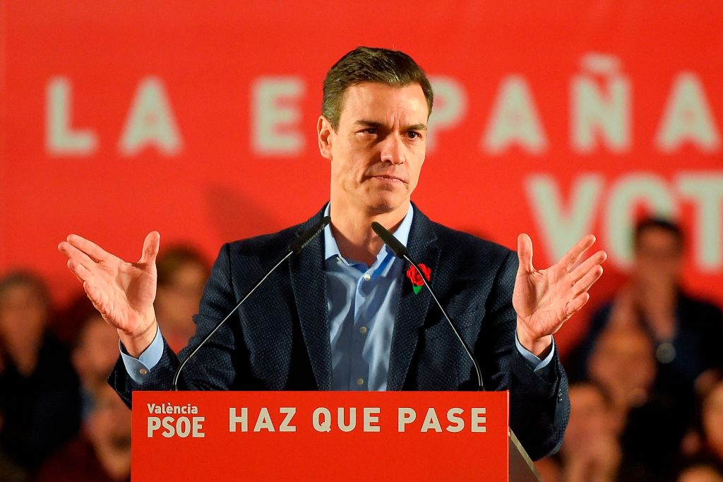 Spanish Prime Minister and Spanish Socialist Party (PSOE) candidate for prime minister Pedro Sanchez addresses supporters during the last campaign rally in Valencia on April 26, 2019 ahead of the April 28 general election.