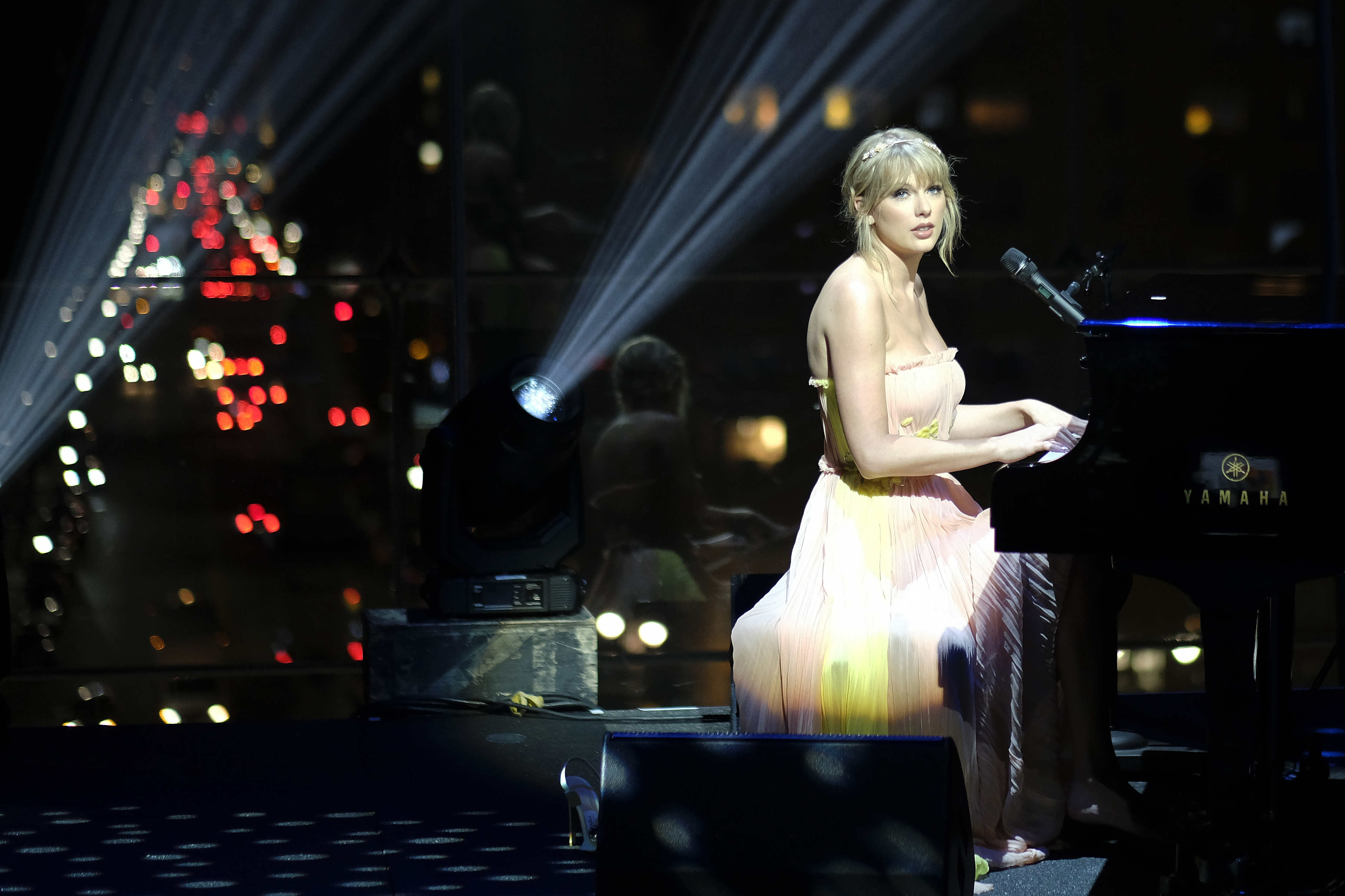 Taylor Swift performs during the TIME 100 Gala 2019 Dinner at Jazz at Lincoln Center on April 23, 2019 in New York City. (Photo by Dimitrios Kambouris/Getty Images for TIME)