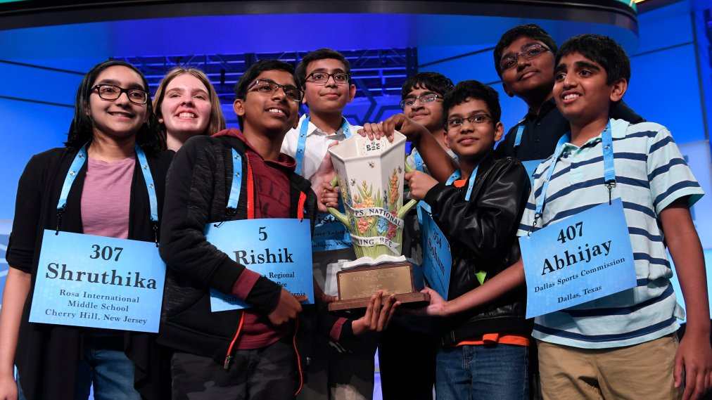 In a Historic Finale, 8 Spellers Just Won the 2019 Scripps National Spelling Bee