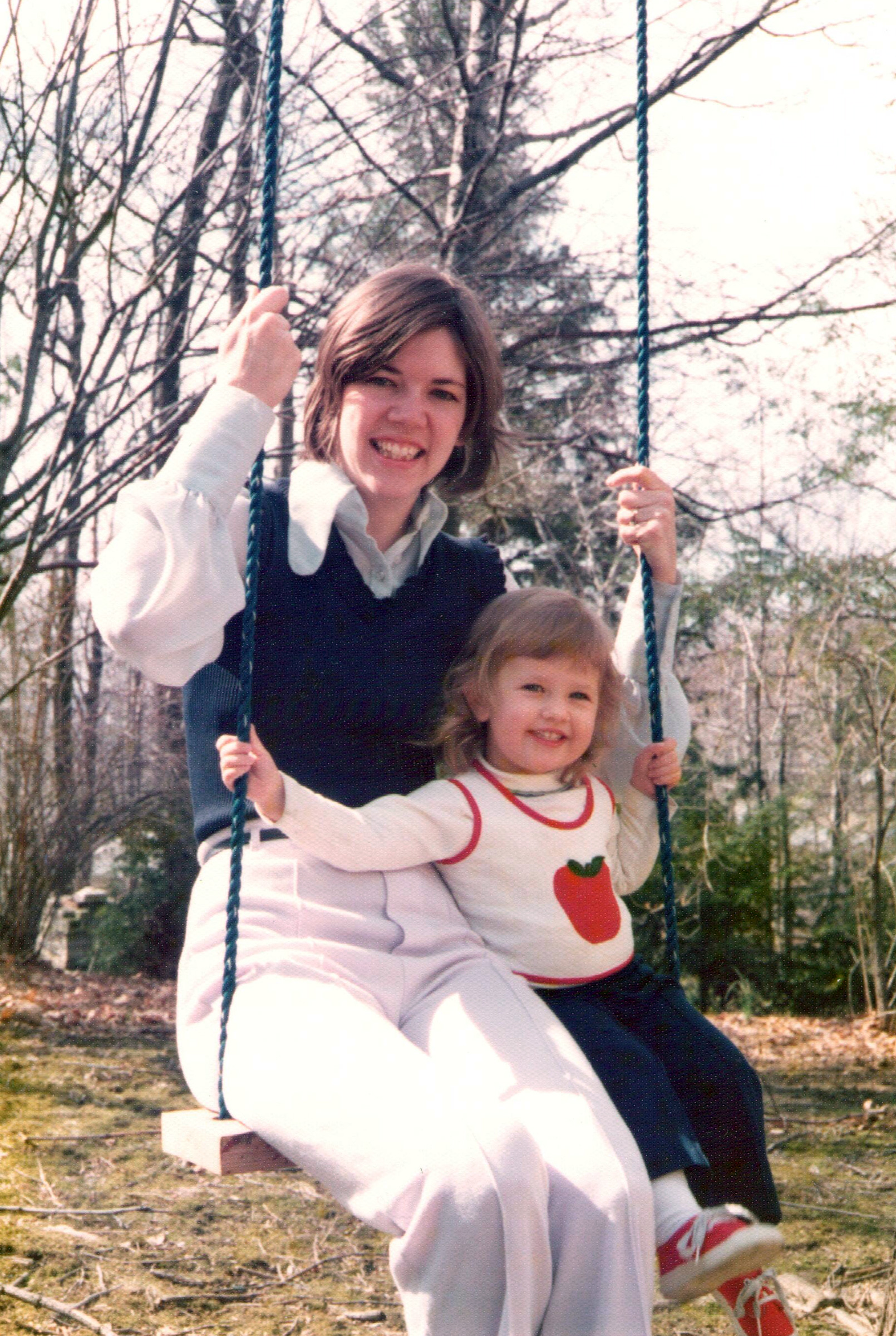 Warren with her daughter, Amelia, in the early 1970s.