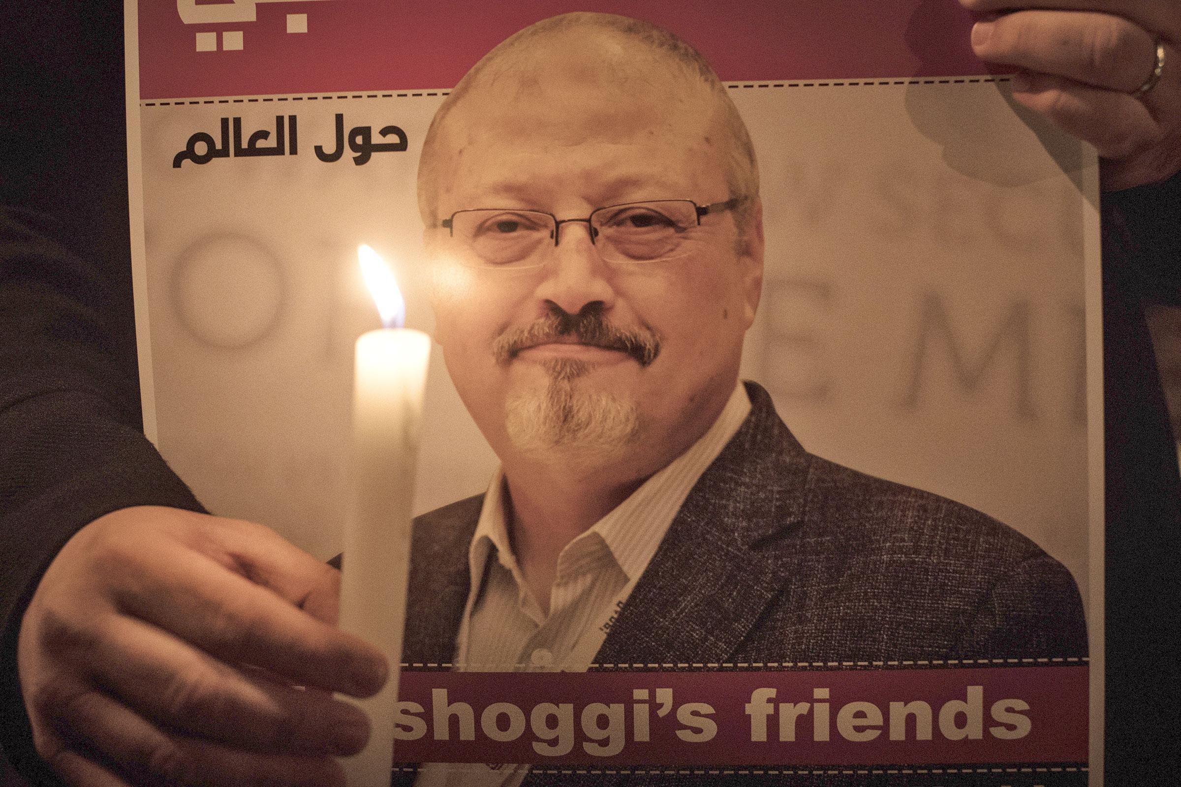 A vigil for the slain Saudi journalist Jamal Khashoggi held  in Istanbul on Oct. 25
