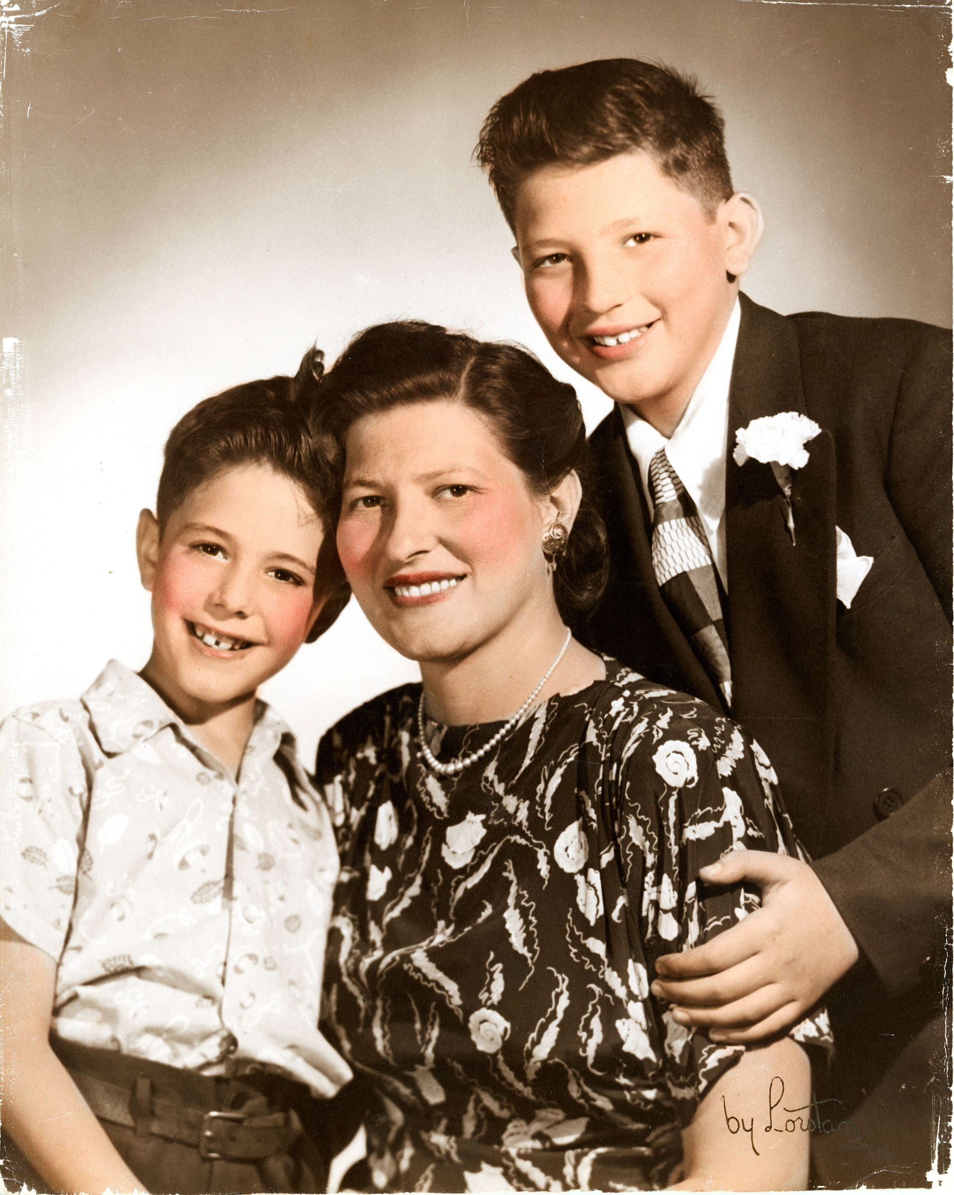 Senator Bernie Sanders with his mother and older brother