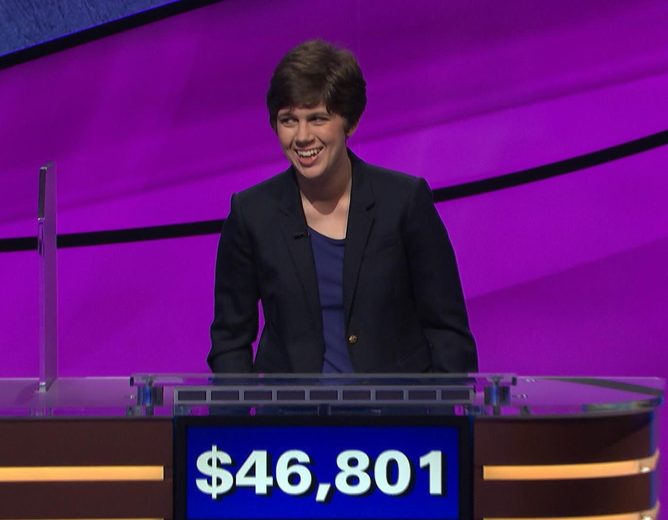 Emma Boettcher, 27, a University of Chicago librarian, beat reigning champ James Holzhauer on 'Jeopardy!' Monday evening before he could surpass Ken Jennings' $2.52 million record.