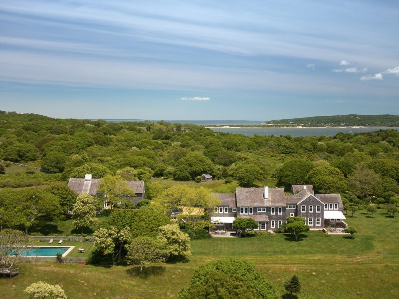 Jackie Kennedy's Martha's Vineyard Estate on Sale | Time on cape cod houses, hyannis houses, united states houses,