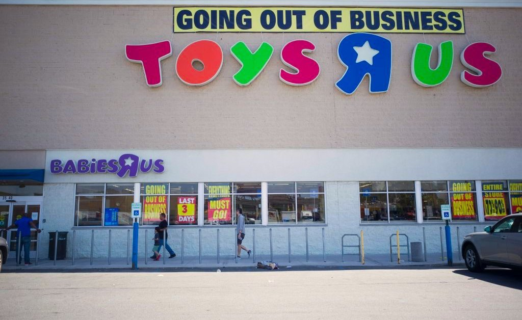 Toys R Us Will Reportedly Open New U S Stores In 2019 Time