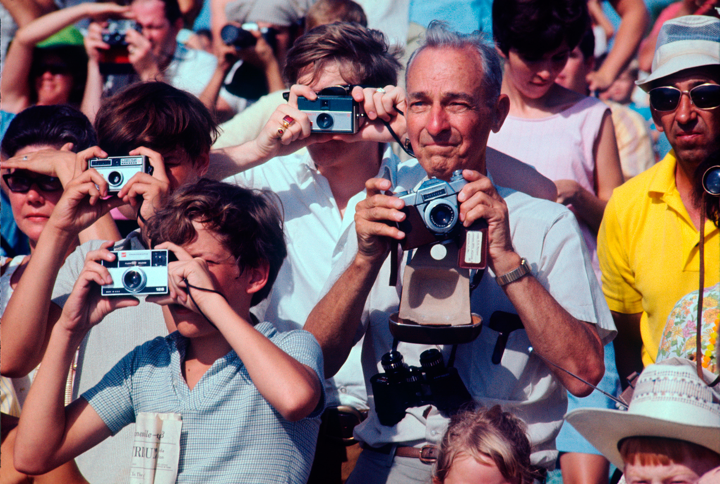 Crowds in Titusville, Florida watch the Apollo 11 launch.