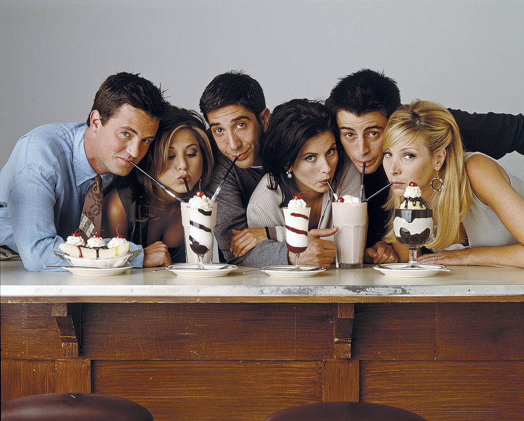 Matthew Perry as Chandler Bing, Jennifer Aniston as Rachel Green, David Schwimmer as Ross Geller, Courteney Cox as Monica Geller, Matt Le Blanc as Joey Tribbiani, Lisa Kudrow as Phoebe Buffay