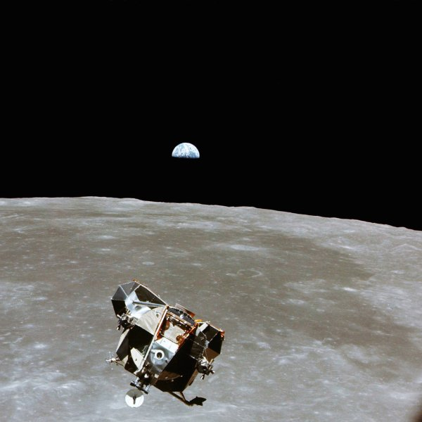 apollo-11-moon-science