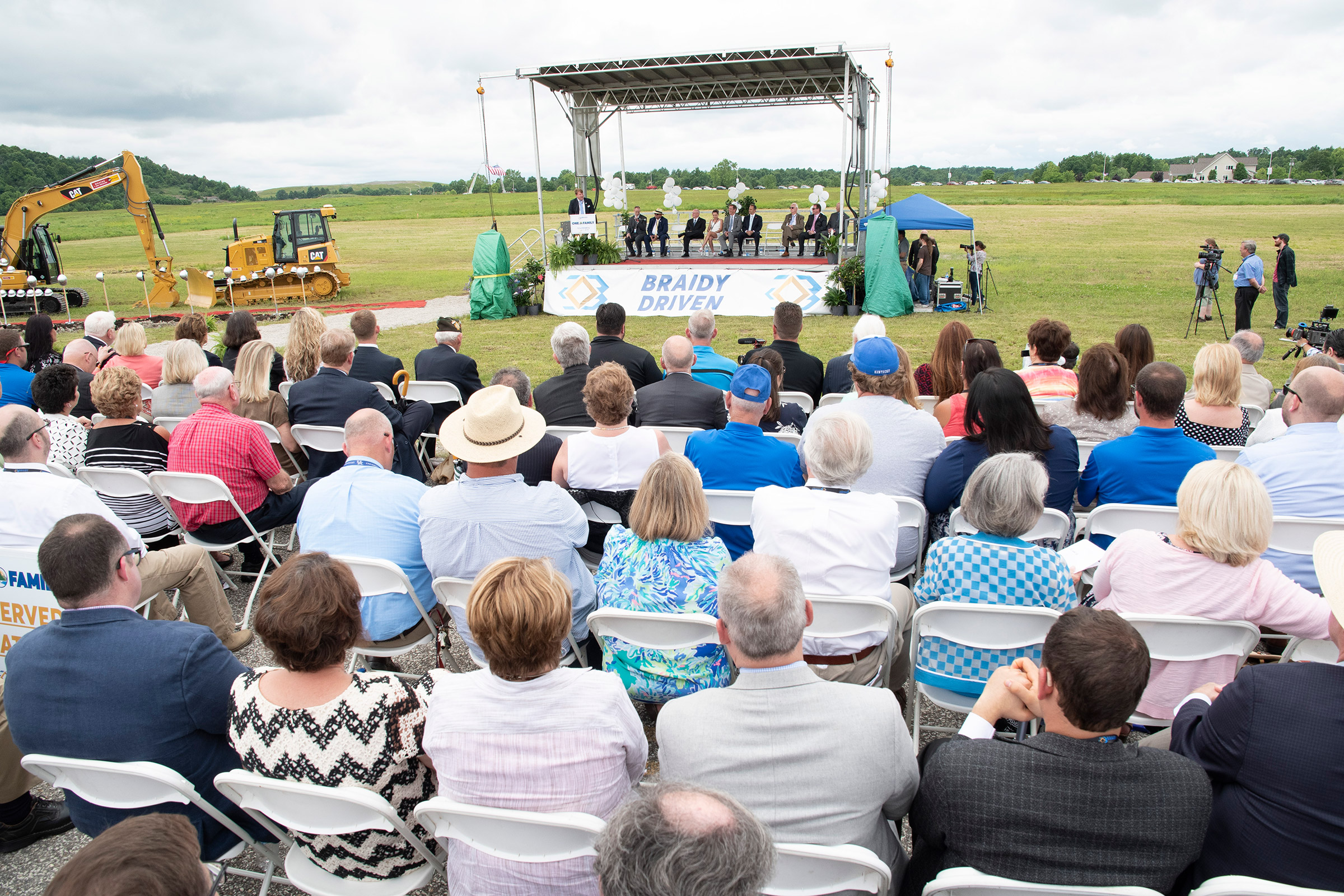 A crowd gathers at the groundbreaking for the new Braidy aluminum plant on June 1, 2018