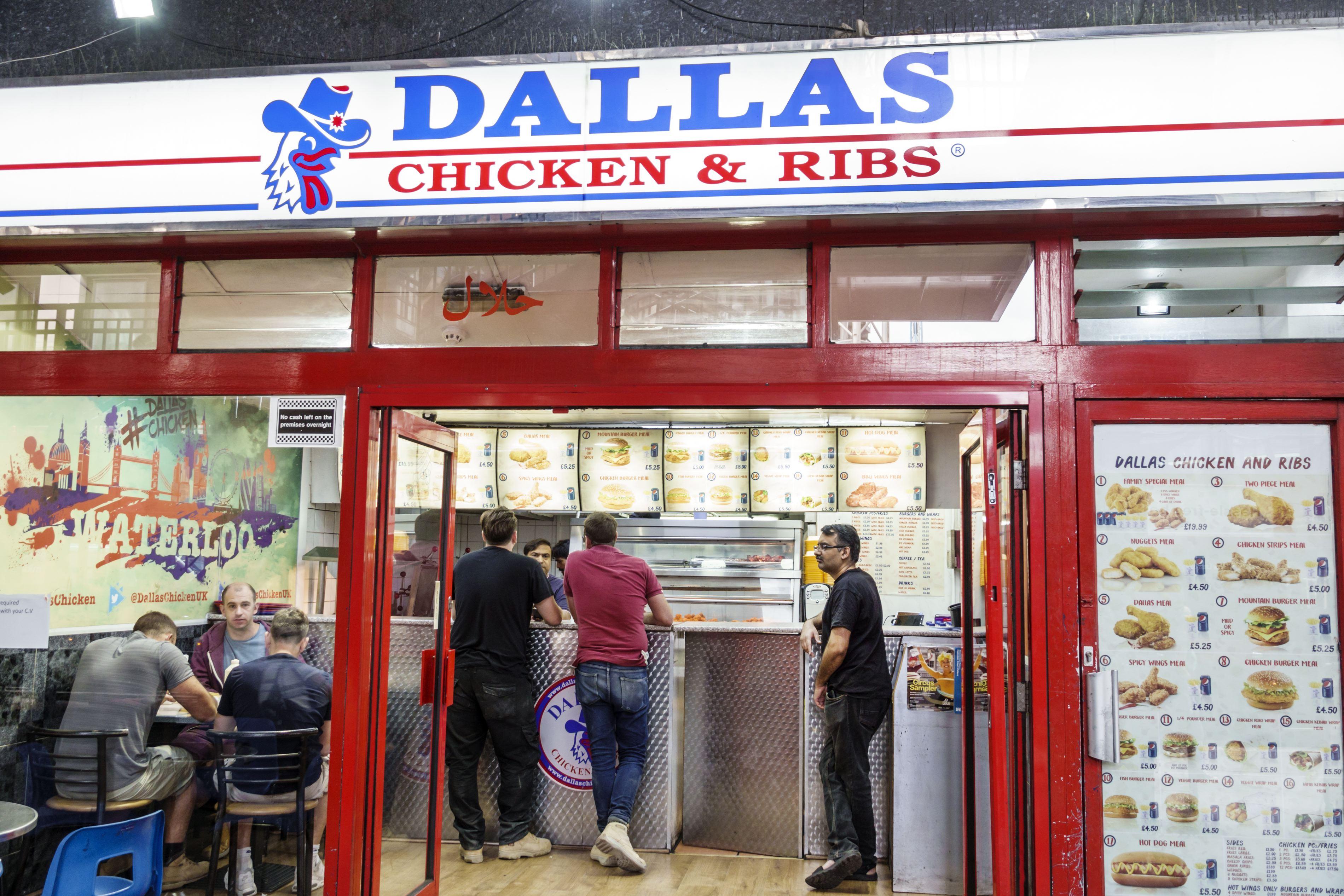 Dallas Chicken & Ribs, a Halal take-away in London.