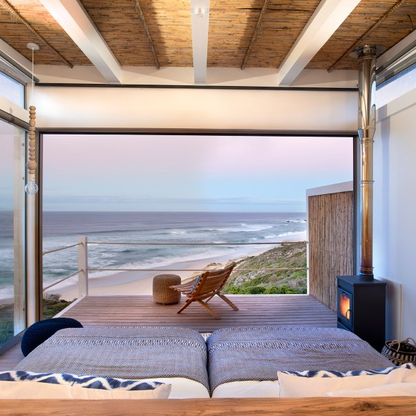 lekkerwater-beach-lodge-de-hoop-nature-reserve-south-africa