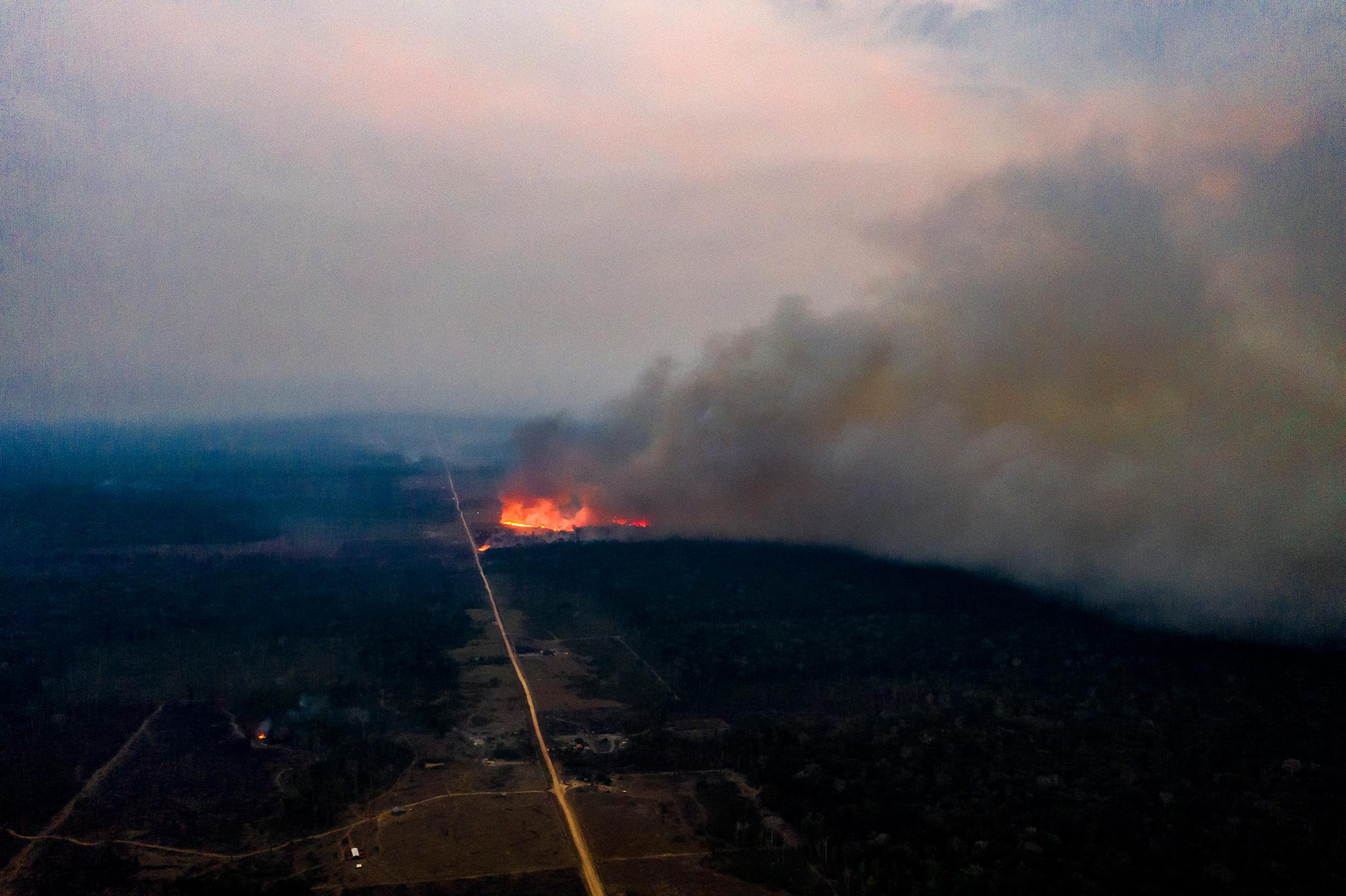 A fire in the region of Vila Nova Samuel on Aug. 27.