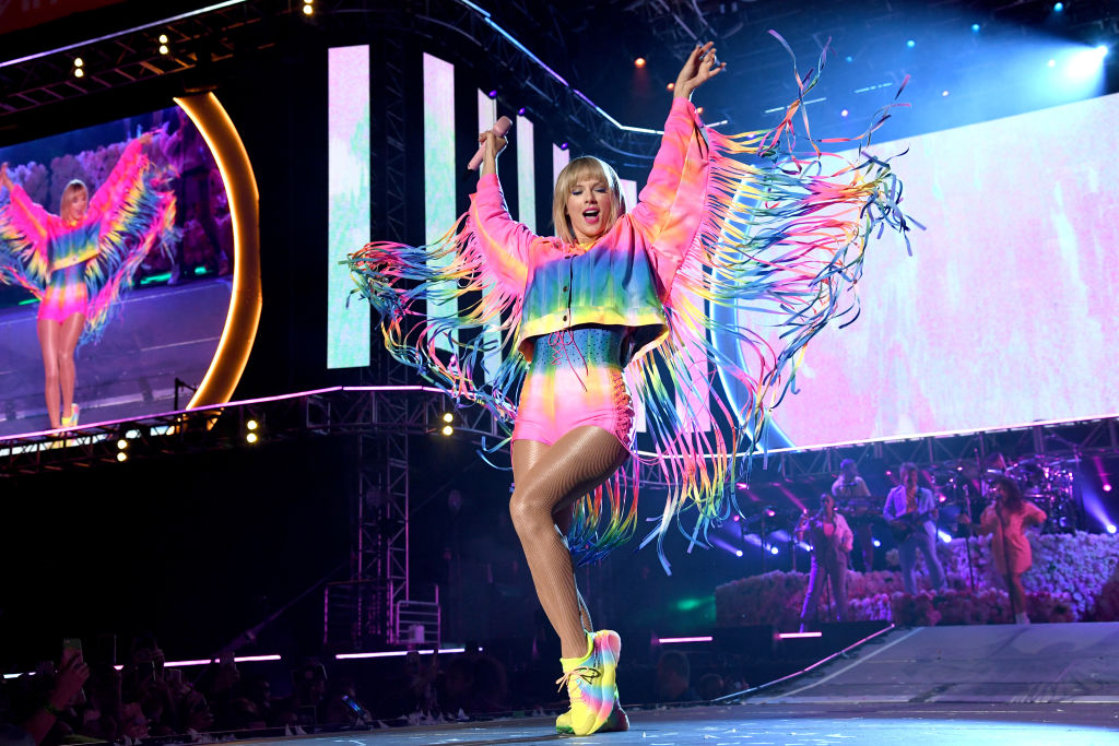 Taylor Swift performs onstage at 2019 iHeartRadio Wango Tango presented by The JUVÉDERM® Collection of Dermal Fillers at Dignity Health Sports Park on June 01, 2019 in Carson, California.
