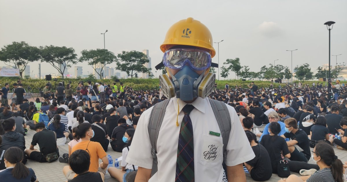 Hong Kong Students Boycott Class on First Day of School Year