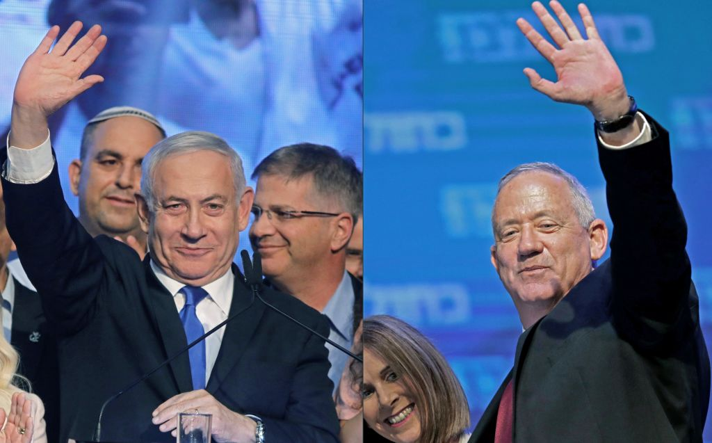 Israeli Prime Minister Benjamin Netanyahu (L) and Benny Gantz, leader and candidate of the Israel Resilience party that is part of the Blue and White (Kahol Lavan) political alliance, pictured on September 18, 2019.