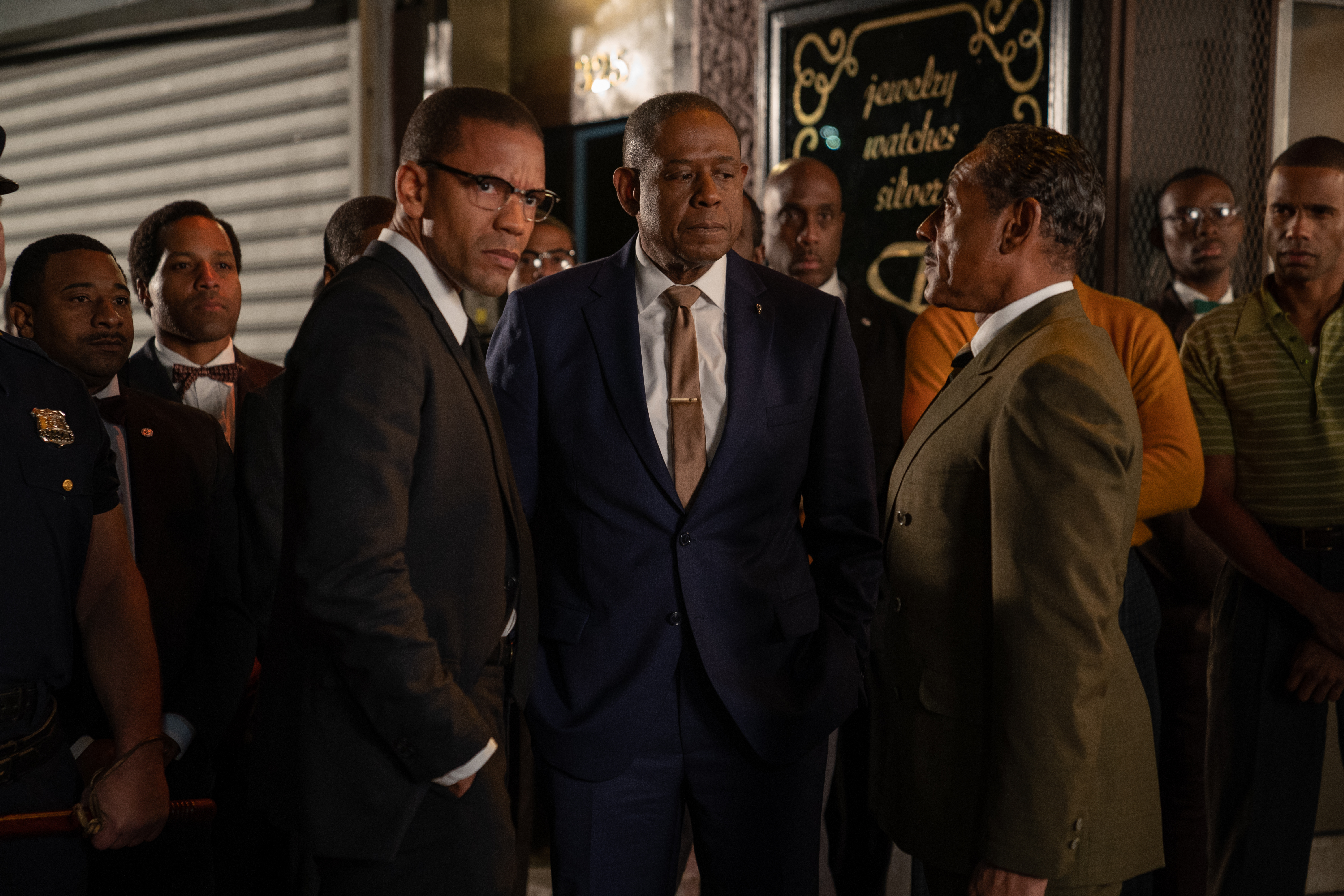 Malcolm X (Nigél Thatch),  Bumpy  Johnson (Forest Whitaker), and Rev. Adam Clayton Powell Jr. (Giancarlo Esposito) come together.