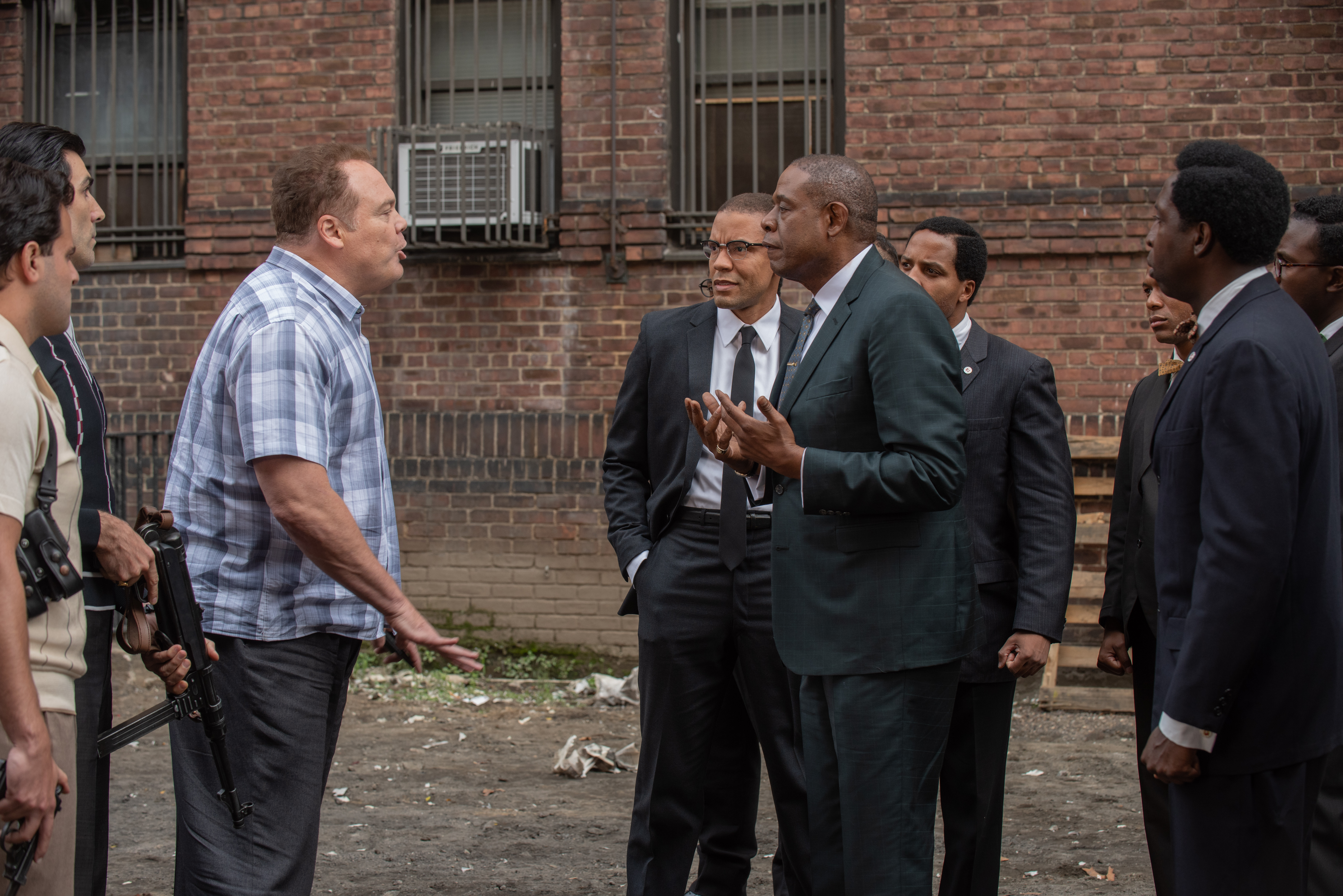"Vincent ""Chin"" Gigante (Vincent D'onofrio) and  Bumpy  Johnson (Forest Whitaker) square off."