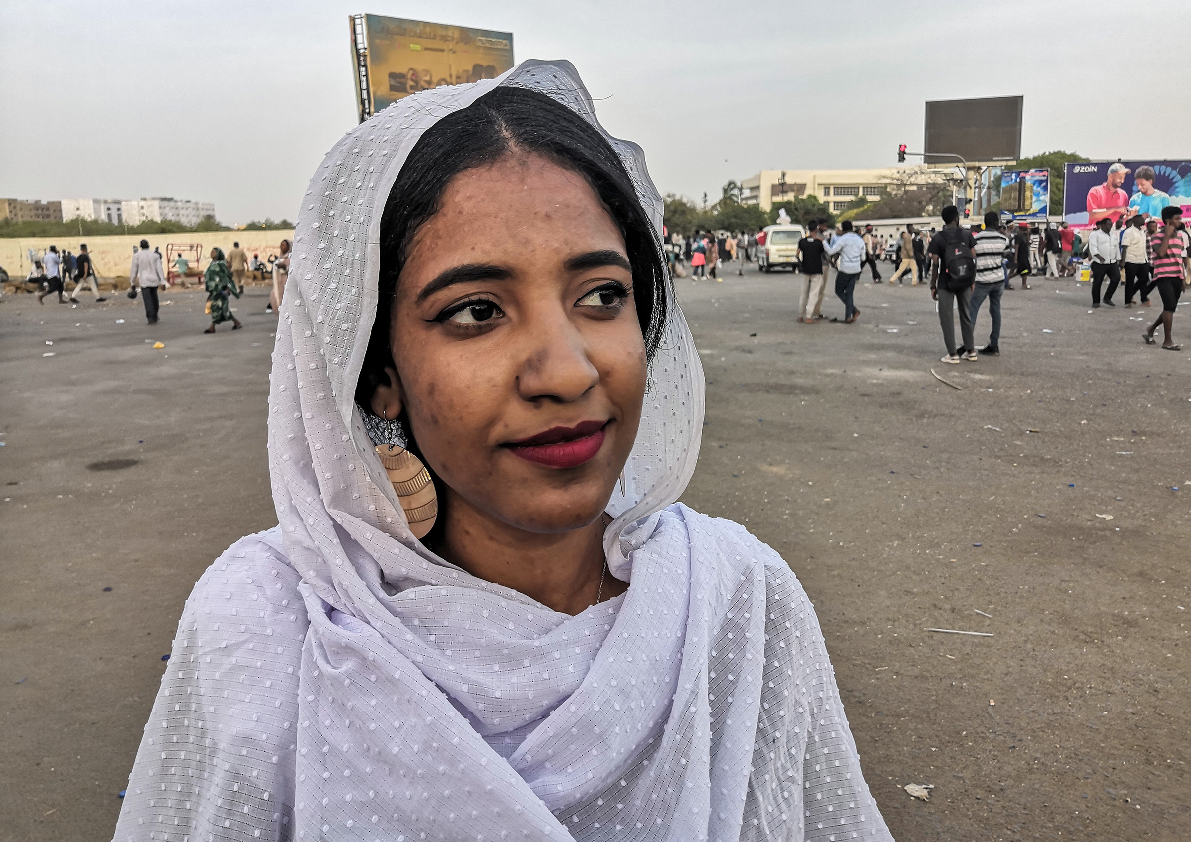 Alaa Salah, a Sudanese woman propelled to internet fame after clips went viral of her leading powerful protest chants against President Omar al-Bashir, attends a demonstration in front of the military headquarters in the capital Khartoum on April 10, 2019.