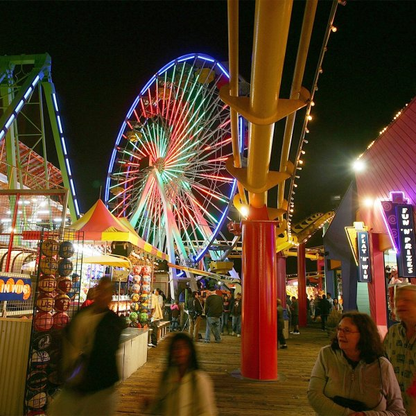 pacific-wheel-at-pacific-park-santa-monica-california