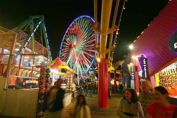 Ferris wheel in California at night.
