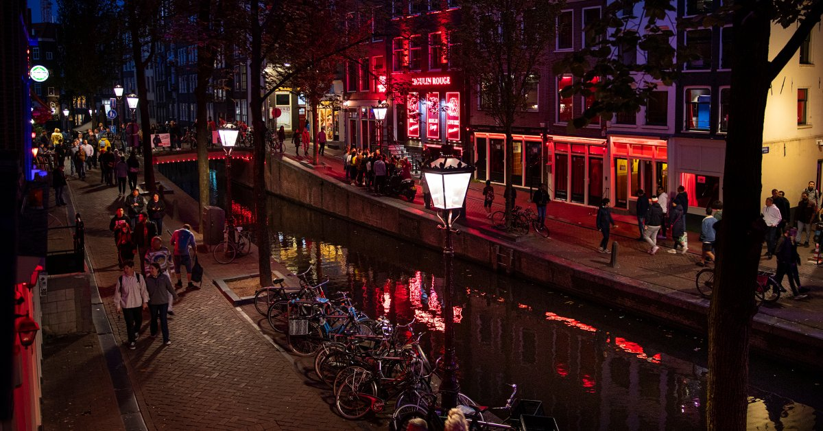 How Amsterdam S Mayor Wants To Remake The Red Light District Time