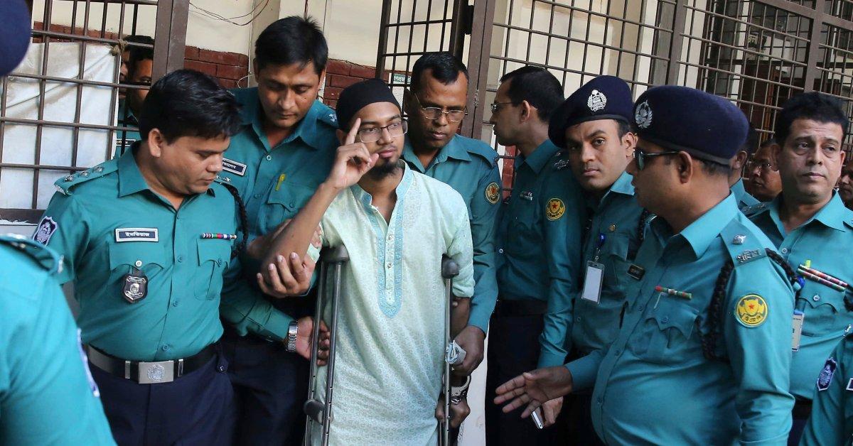 Бангладеш приговорен к смерти 7 боевиков за нападение на кафе thumbnail