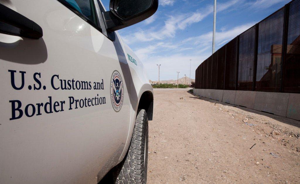 Правительственная служба охраны обнаружила еще 1300 детей-мигрантов, которые могли быть разлучены со своими родителями из-за «распространенных ошибок» в системе thumbnail